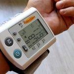 Warum Diabetiker auch Puls und Blutdruck im Blick behalten sollten